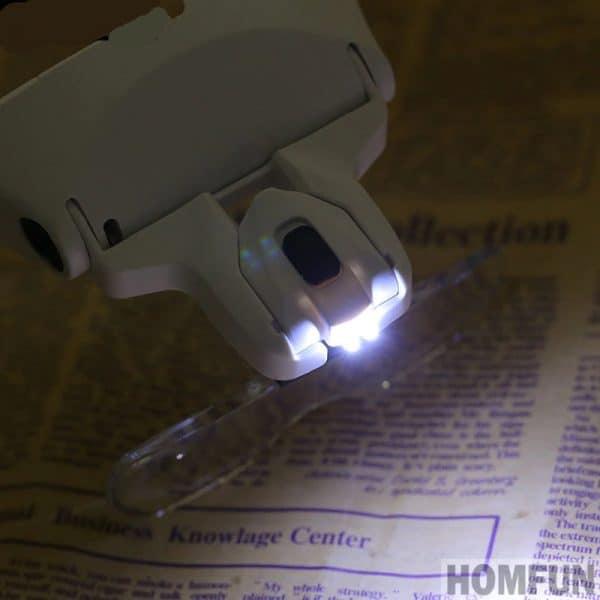Broderie Diamant Lunette Loupe LED en action