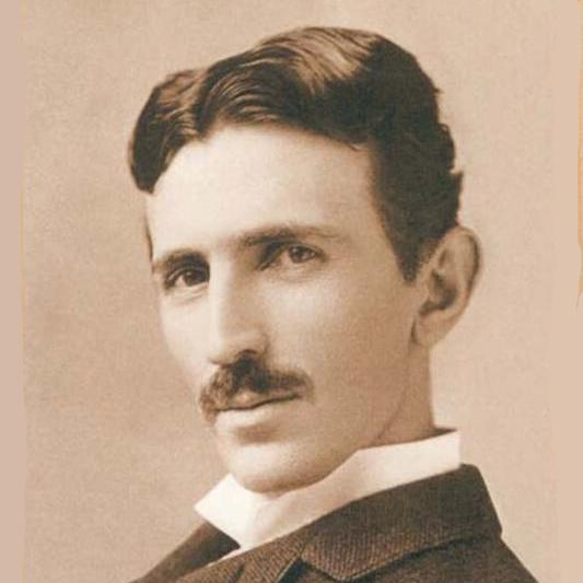 Broderie Diamant Tesla