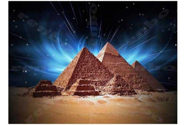 broderie diamant pyramides